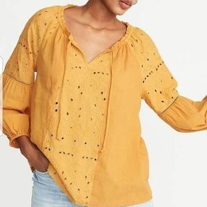 ON Boho Embroidered Eyelet Tie Front Popover XS